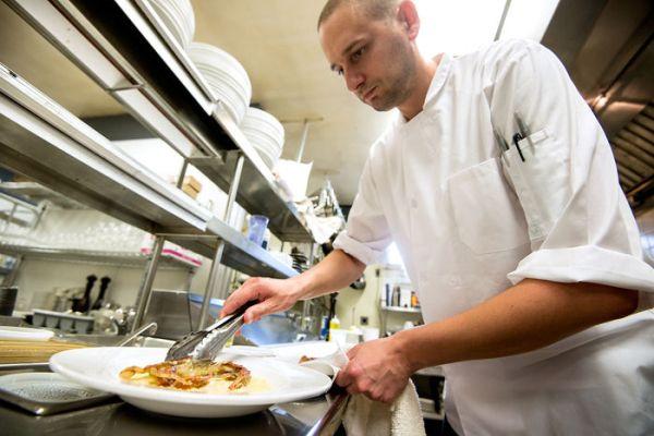Thư gửi các đầu bếp trẻ - câu chuyện truyền cảm hứng từ một đầu bếp