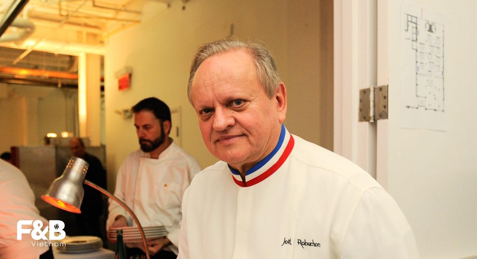 Joel Robuchon - Top 10 đầu bếp Michelin