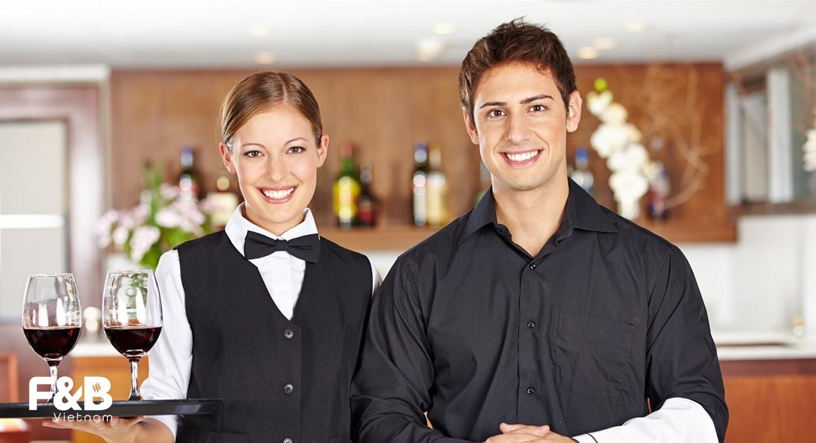 nhân sự trong quản lí vận hành nhà hàng
