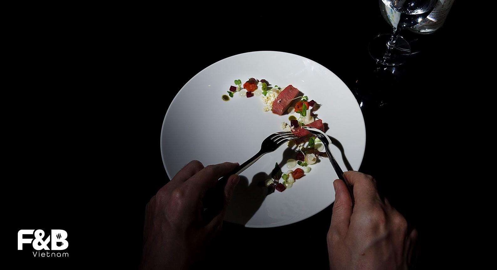 ý tưởng kinh doanh nhà hàng trong bóng tối