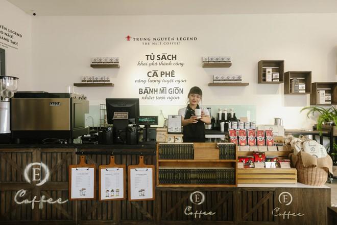 10 cửa hàng mới được mở mỗi ngày - bùng nổ số lượng cửa hàng Trung Nguyên E-Coffee với phí nhượng quyền 0 đồng