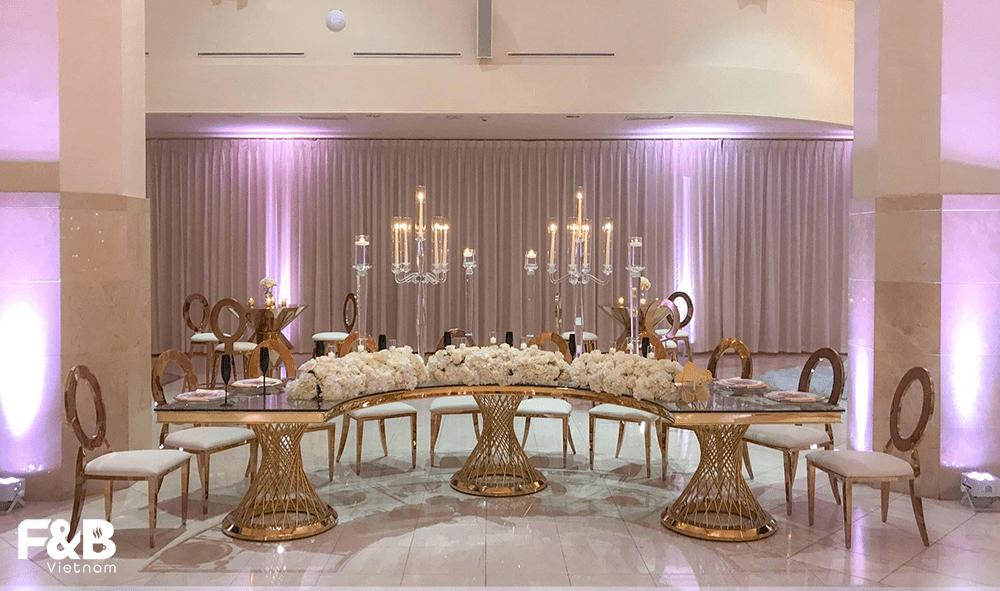 Crescent Tables