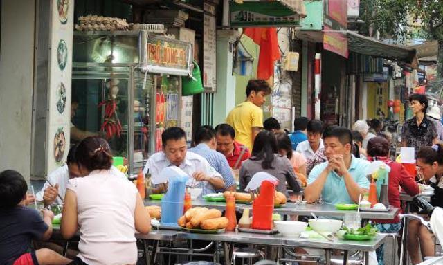 Dau Nam Dai Co Cho Pho Com Tam 2