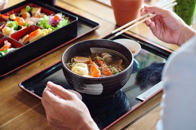 Mô hình F&B kiểu Nhật này có thể níu chân khách hàng cả ngày: Nhâm nhi Cafe sáng, thưởng thức bữa trưa, phỏng vấn tuyển dụng, thậm chí họp team tại quán FnB Việt Nam
