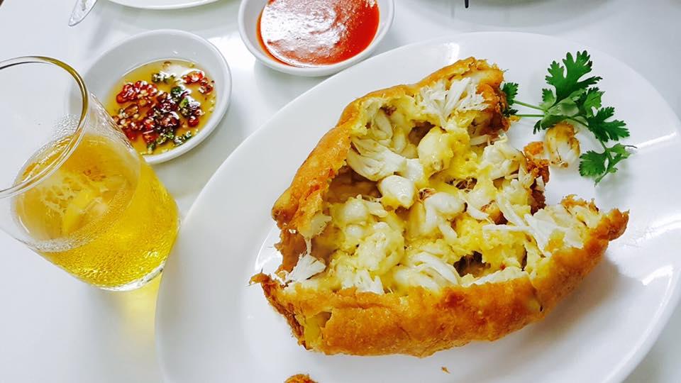 Raan Jay Fai Crab Omellete