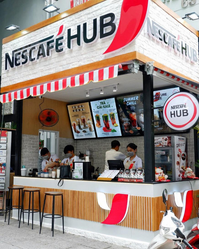 Thị trường cà phê trung và thấp cấp TP. HCM sẽ khốc liệt đến mức nào sau khi 3 'đại bàng' Vinamilk, Nestle và Nutifood xuống núi? FnB Việt Nam