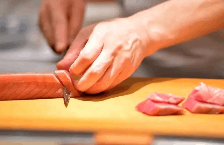 """9 Bí mật được đầu bếp sushi """"bật mí"""" FnB Việt Nam"""