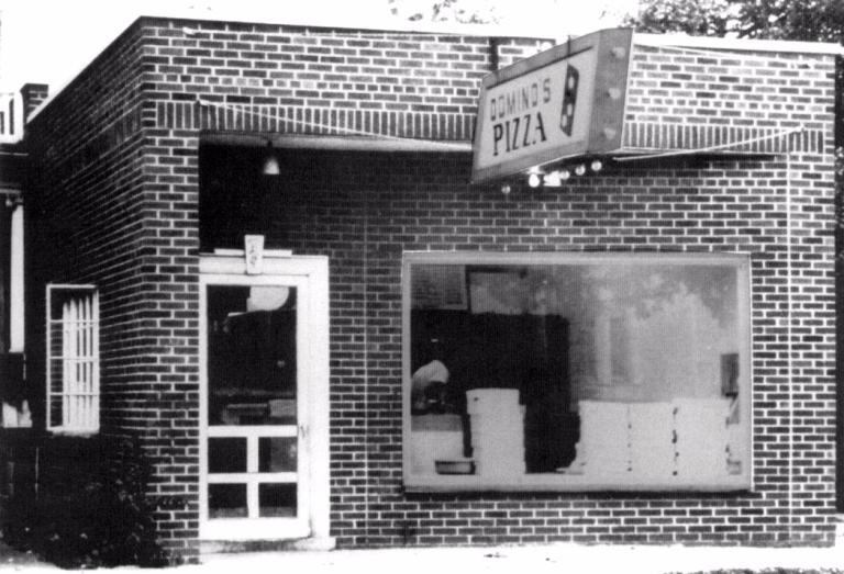 Người xây dựng đế chế Domino's Pizza chỉ với 77 USD, vô gia cư, bị mẹ ghét, em lừa, gặp vô số vận xui FnB Việt Nam