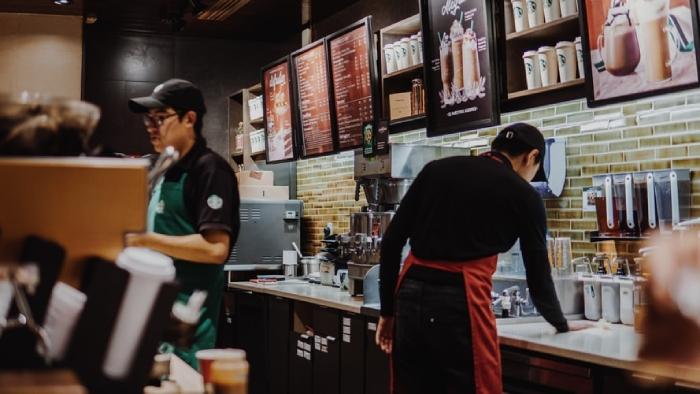 Có nên mở quán cafe không?