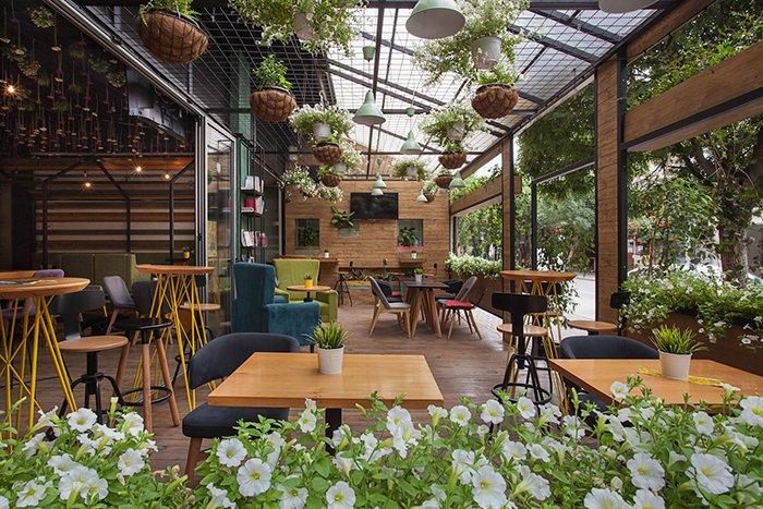 Mô Hình Quán Cafe Sân Vườn