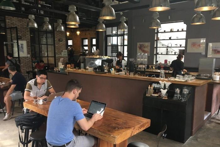 kinh nghiệm mở quán cà phê văn phòng