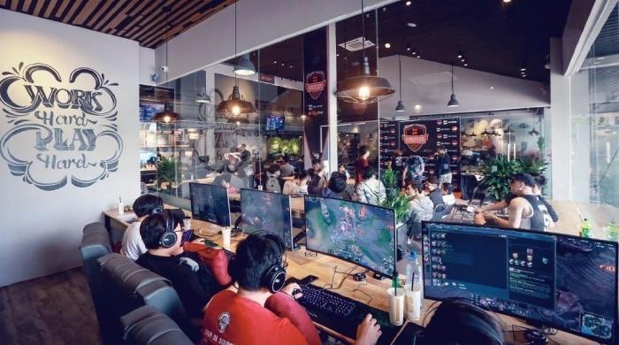 Mô Hình Quán Cafe Game
